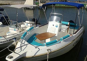 Rent a boat Islas Menores 6 people